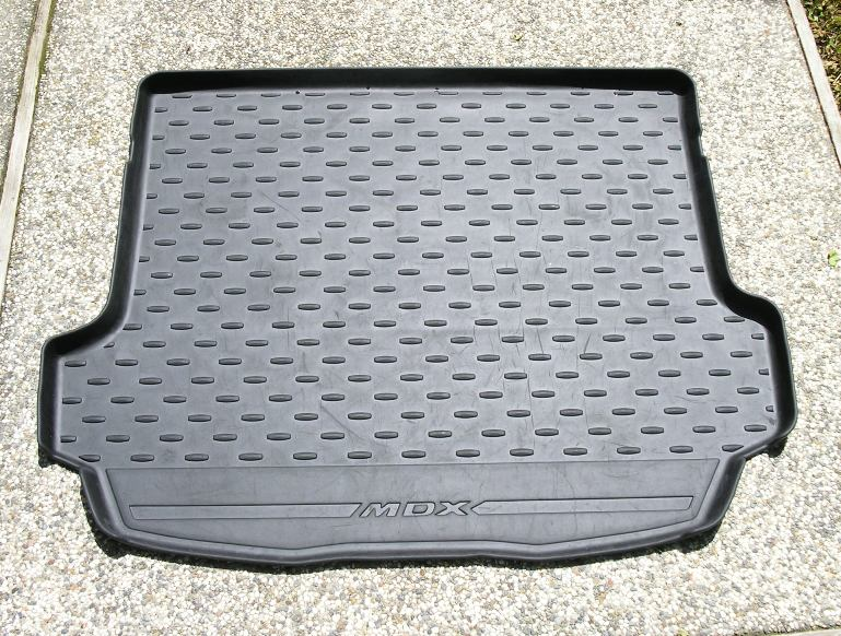 2009 One Piece Cargo Tray - with auto Tailgate-2009-oem-one-piece-cargo-tray.jpg