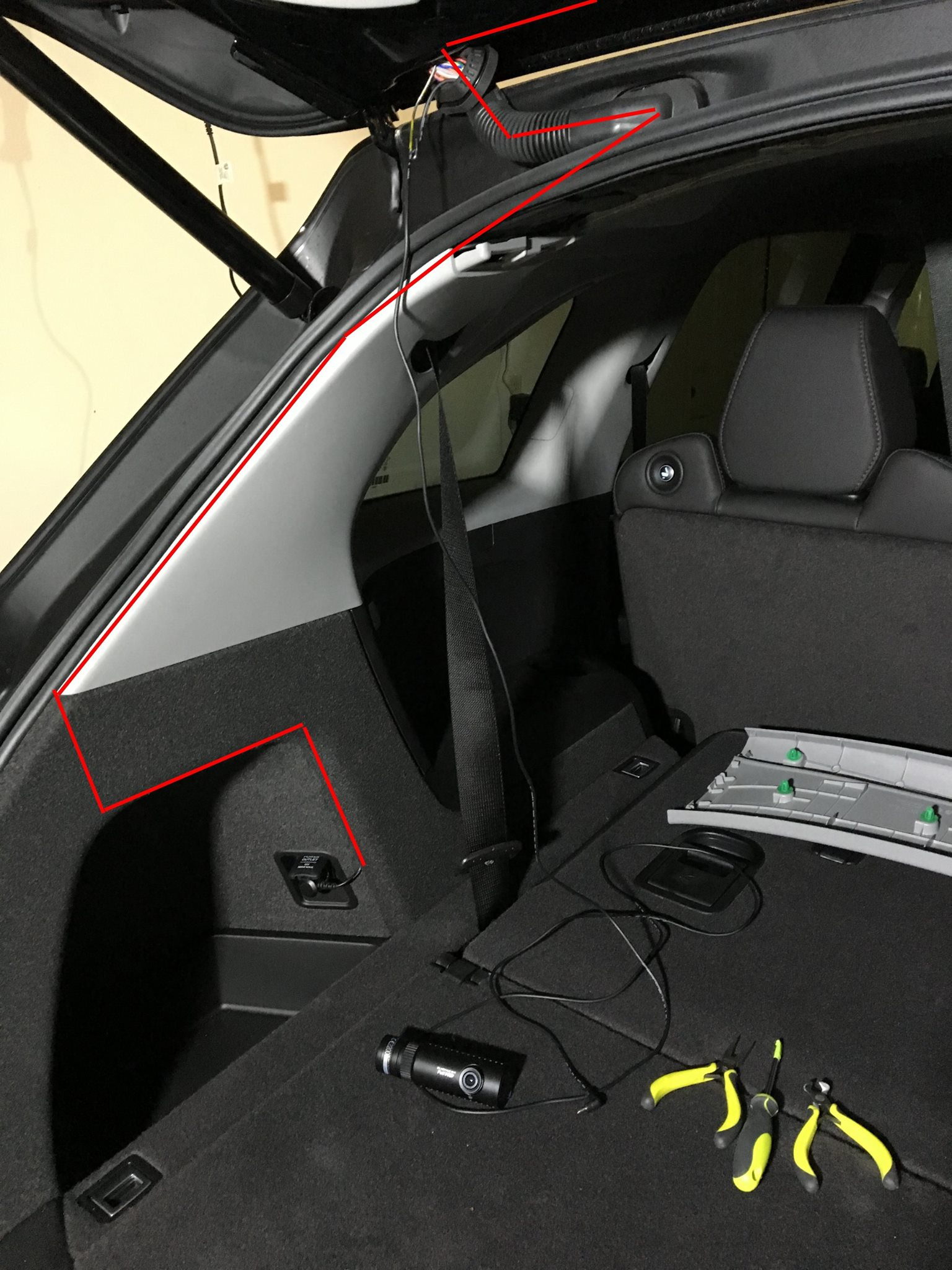 Dual Dash Cam Blackvue Dr650gw 1ch X 2 Installation 2016 Mdx Tech 2011 Acura Rdx Fuse Box Black Cloth Panel Is Easy To Pry They Are Held By Clips Just Pull And Then The Cord Routed Between Rubber Seal White Grey Plastic