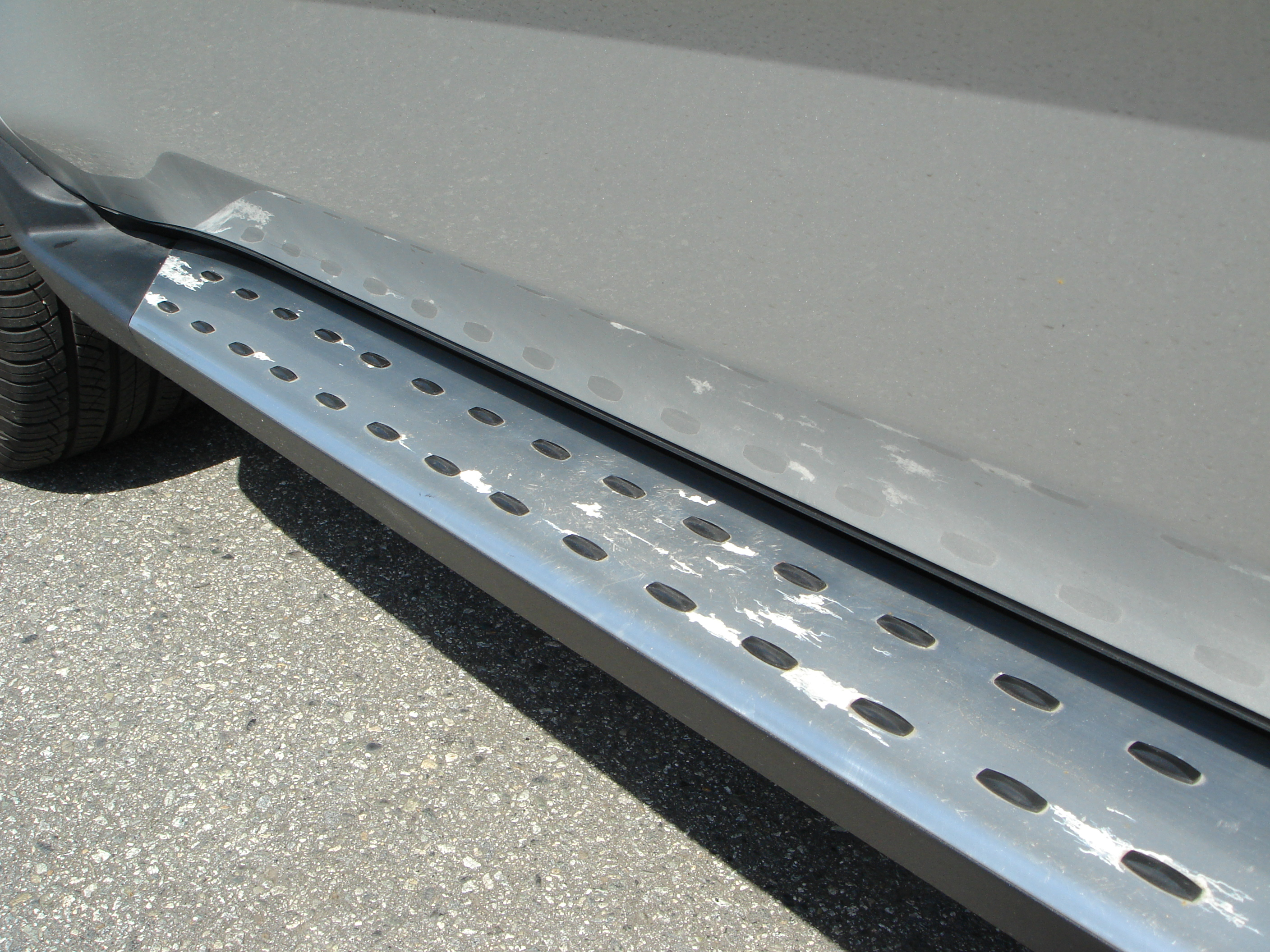 Replica OEM Sport running boards-driver-side-2.jpg