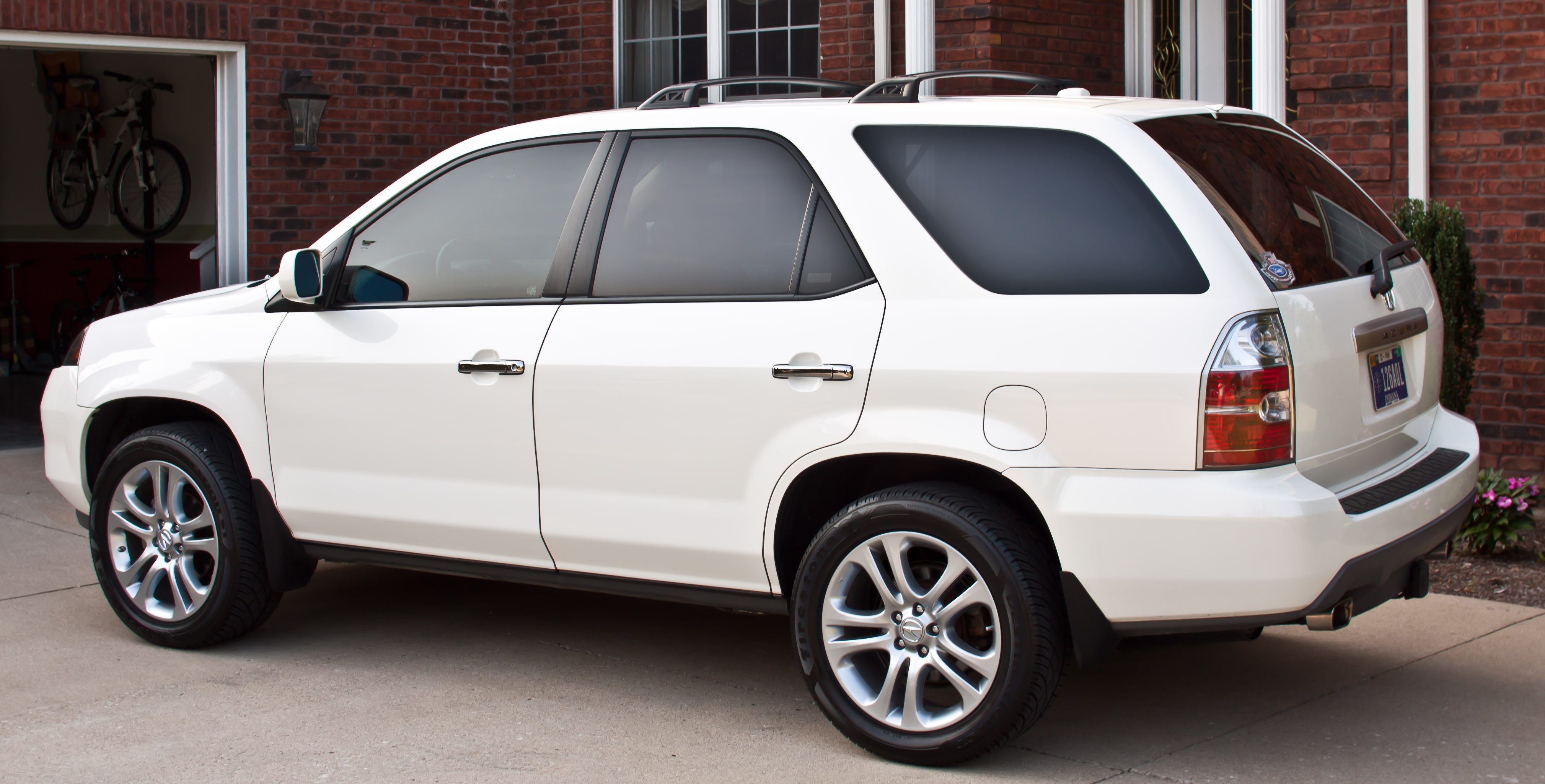 large sh suv awd composite entertainment palladium metallic groovecar advance research mdx package w acura and