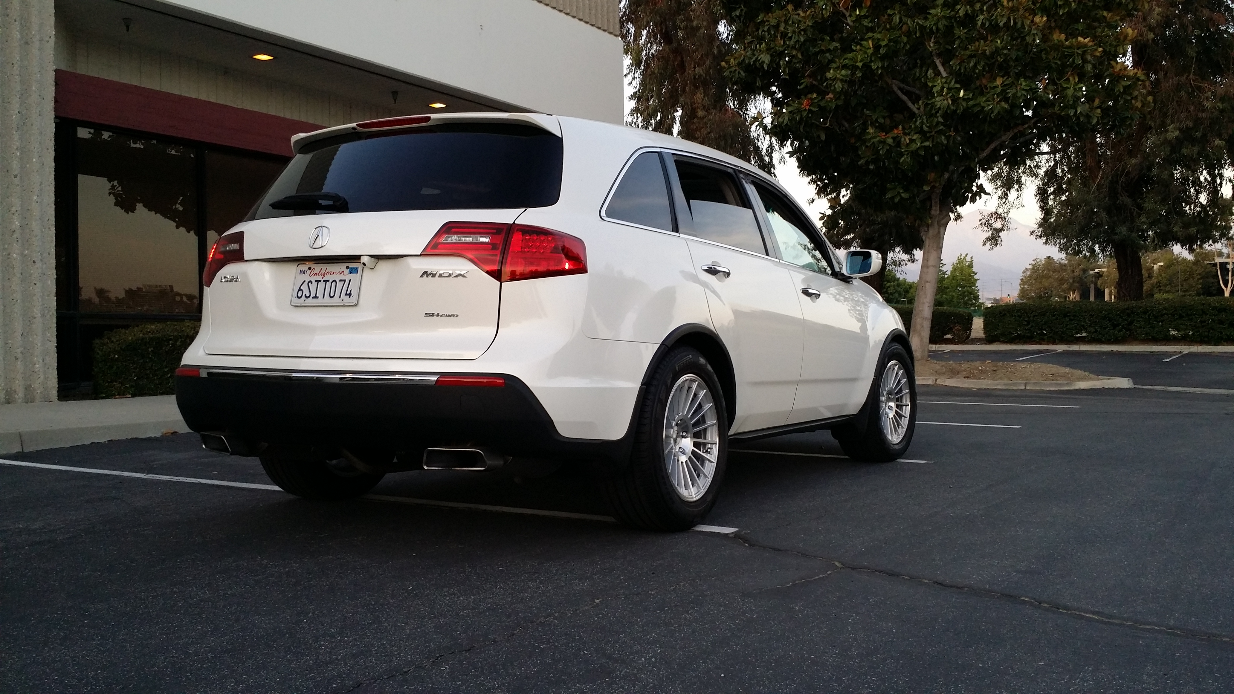 Pics Of 2nd Generation Mdx With Aftermarket Rims Page 32