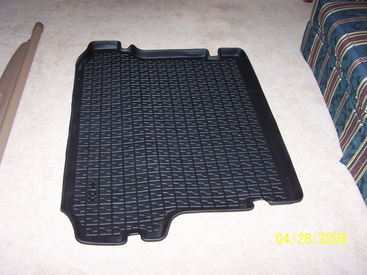 Cargo Tray/Cargo Cover for Sale-rsz_100_3737.jpg