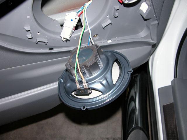 Click image for larger version Name speaker-conn1.jpg Views 4637 Size : wiring tweeters to door speakers - yogabreezes.com