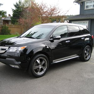 "2007 MDX with 20"" Privats"