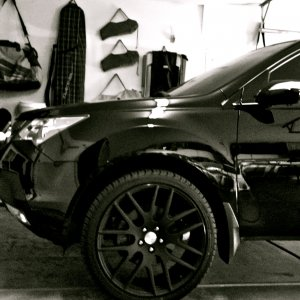 Black MDX on Matte Black Flush 22s